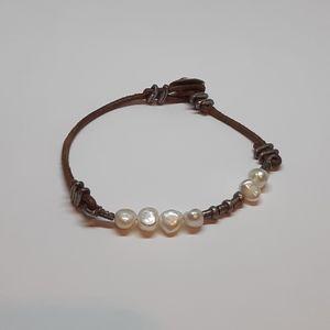 B1062 Retired Silpada Freshwater Pearls Bracelet